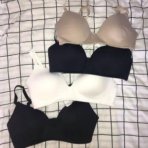 4 bras